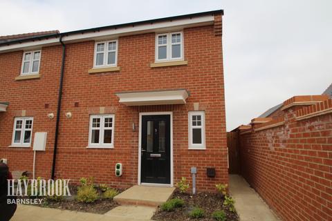 4 bedroom terraced house for sale - Neil Fox Way, Wakefield