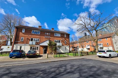 2 bedroom apartment for sale - Conmere Square,, Hulme, Manchester, M15 6DE