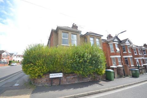 4 bedroom semi-detached house to rent - Burlington Road, Southampton