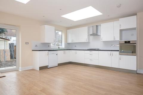 4 bedroom house to rent - Pendennis Road Streatham Hill SW16