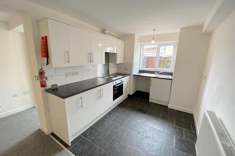 1 bedroom flat to rent - Church Road, Ton Pentre - Pentre