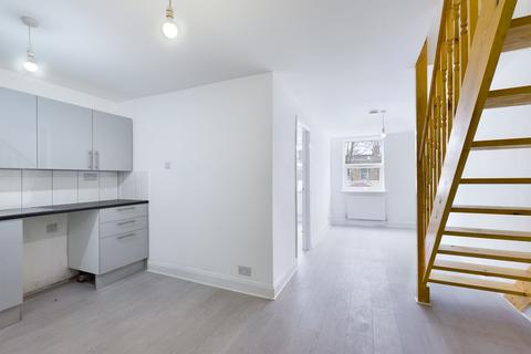 3 bedroom flat to rent - Leytonstone Road , E15