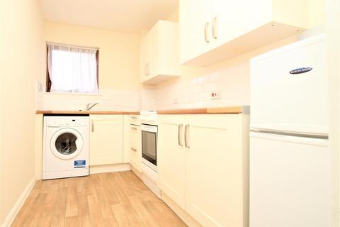1 bedroom house to rent - Ryeland Close, Yiewsley, West Drayton