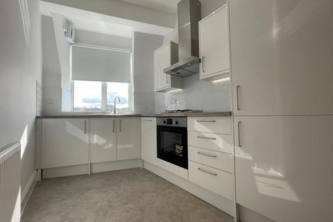 4 bedroom flat to rent - Alexandra Park Road, Muswell Hill, N10