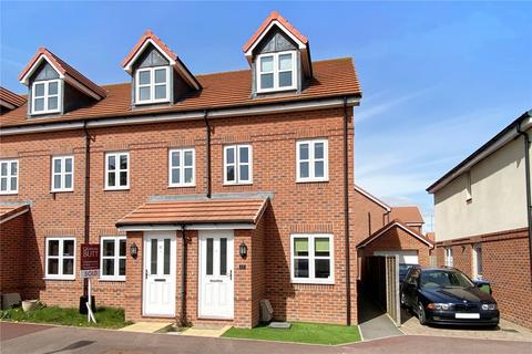 3 bedroom end of terrace house for sale - Hinchliff Drive, Littlehampton