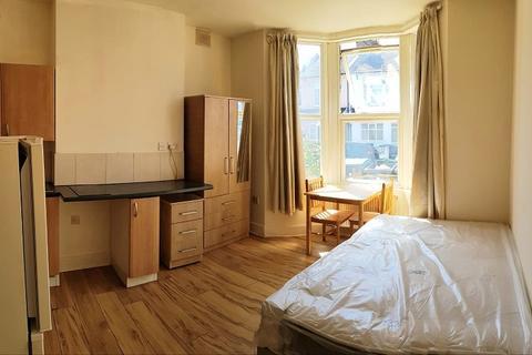 Studio to rent - Parkhurst Road, London, Greater London. N22 8JQ