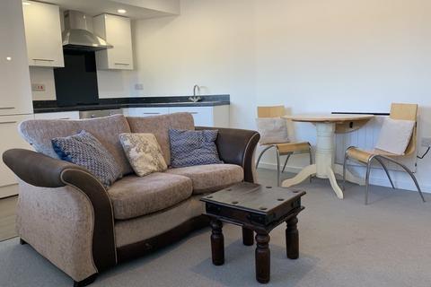 1 bedroom flat to rent - Viaduct Road, Burley