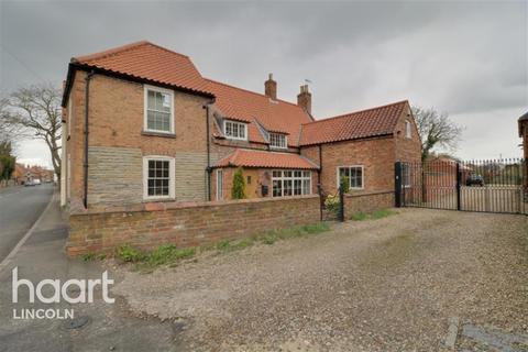 5 bedroom detached house to rent - High Street, Collingham