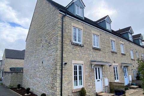 3 bedroom end of terrace house for sale - Tavistock