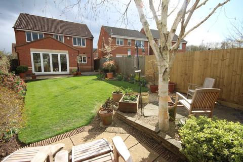 4 bedroom detached house for sale - Bluebell Row, Melton Mowbray