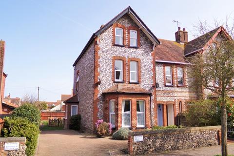 3 bedroom apartment for sale - Sheringham