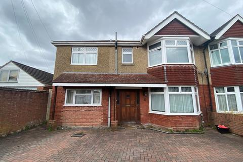 8 bedroom semi-detached house to rent - Kitchener Road, Southampton