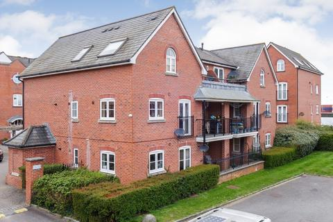 2 bedroom apartment for sale - Quayside Walk, Marchwood