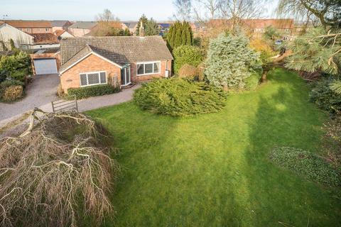 2 bedroom detached bungalow for sale - Green Lane, Skellingthorpe, Lincoln