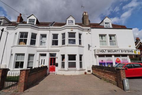 5 bedroom terraced house for sale - Royal George Road, Burgess Hill, West Sussex