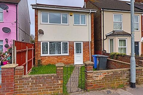 3 bedroom detached house for sale - Victoria Road, Lowestoft