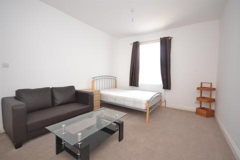 1 bedroom in a house share to rent - Argyle Street, Reading, Berkshire, RG1 7YS