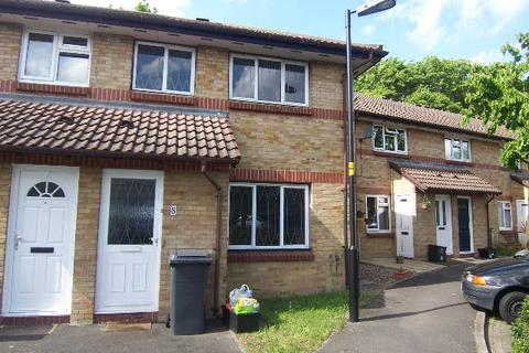 3 bedroom house to rent - Lena Kennedy Close, Chingford,