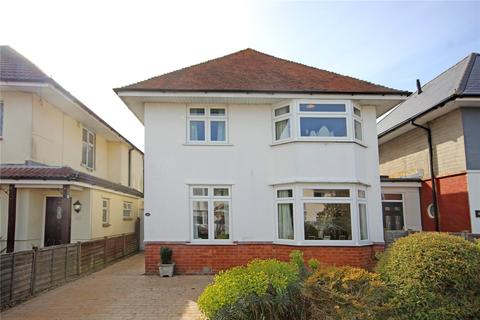 3 bedroom detached house for sale - Seaward Avenue, Bournemouth, BH6