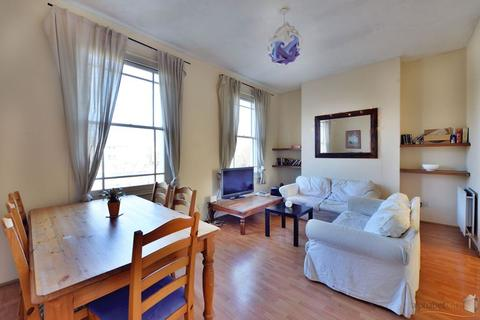 3 bedroom duplex for sale - EAST INDIA DOCK ROAD, LIMEHOUSE E14