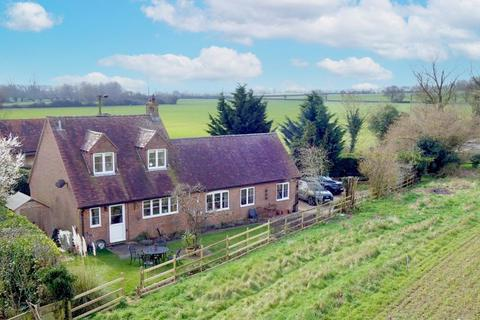 3 bedroom detached house for sale - Nether Winchendon, Buckinghamshire