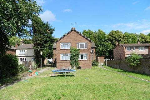 2 bedroom flat to rent - Colham Avenue, West Drayton