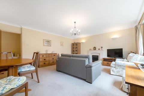 2 bedroom ground floor flat for sale - Shortlands Road, Bromley, BR2