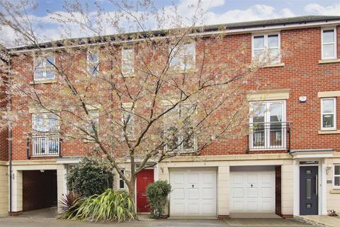 3 bedroom townhouse for sale - Kelham Drive, Sherwood, Nottinghamshire, NG5 1RA