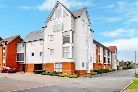2 bedroom apartment for sale - Montfort Drive, Great Baddow, Chelmsford, CM2