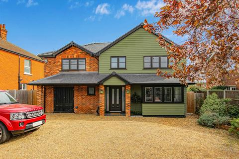4 bedroom detached house for sale - Church Road, Burnham-On-Crouch