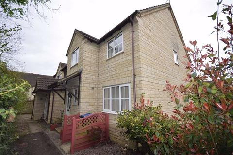 3 bedroom end of terrace house for sale - Huntingdon Way, Chippenham, Wiltshire, SN14