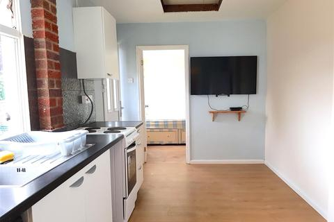 1 bedroom apartment to rent - Seaton Road, Hayes, Middlesex