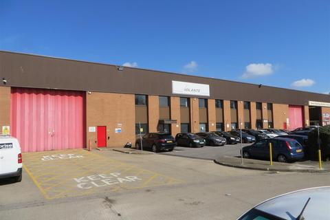 Warehouse to rent - Villiers Road, Kingston Upon Thames