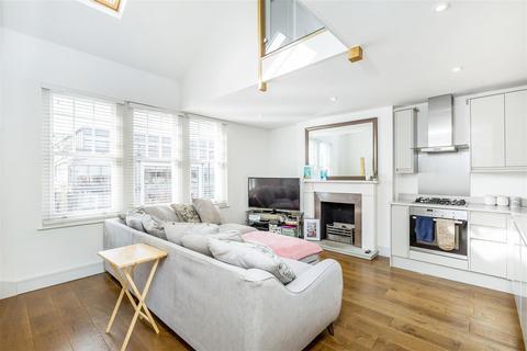 2 bedroom flat for sale - Cavendish House, Worple Road, Wimbledon
