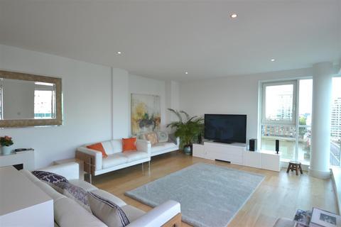 3 bedroom flat to rent - Bridge House, St. George Wharf, Vauxhall, SW8