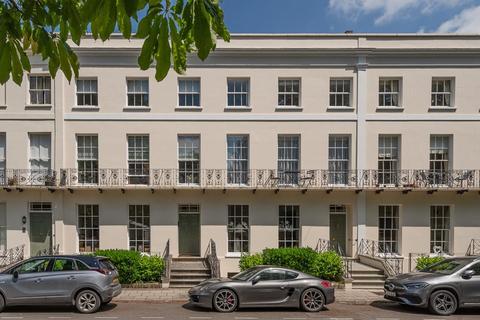 3 bedroom apartment for sale - Montpellier Spa Road, Cheltenham