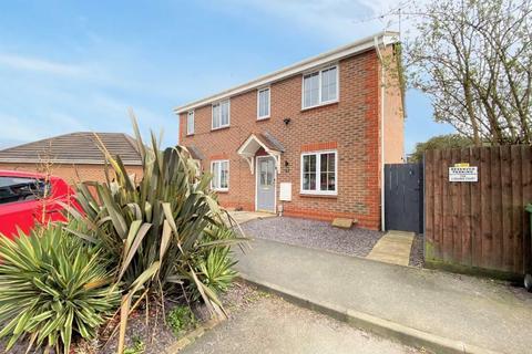 2 bedroom semi-detached house for sale - Dearne Court, Brough