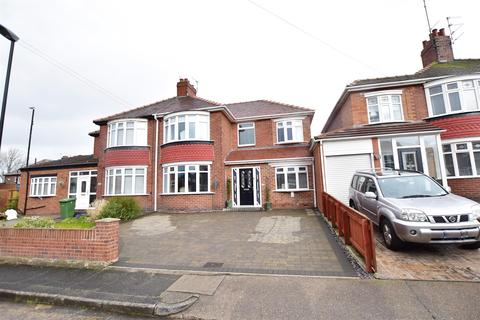 5 bedroom semi-detached house for sale - Prince George Avenue, Fulwell, Sunderland