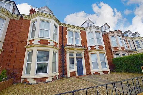 2 bedroom flat for sale - Marine Avenue, Whitley Bay