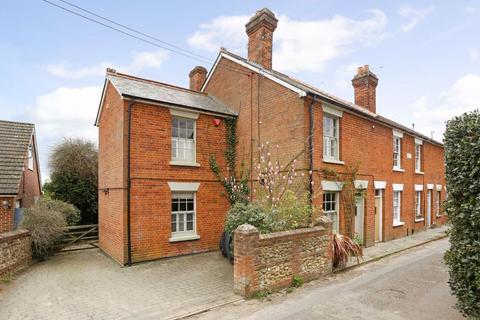 3 bedroom end of terrace house for sale - Bethel Lane, Farnham