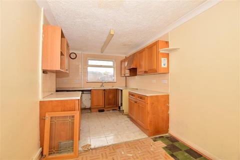 3 bedroom semi-detached house for sale - Dean Road, Sittingbourne, Kent