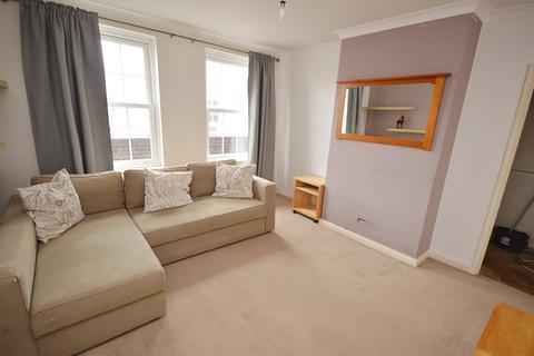 2 bedroom flat for sale - Arcade Parade, Elm Road, Chessington, Surrey. KT9 1AB