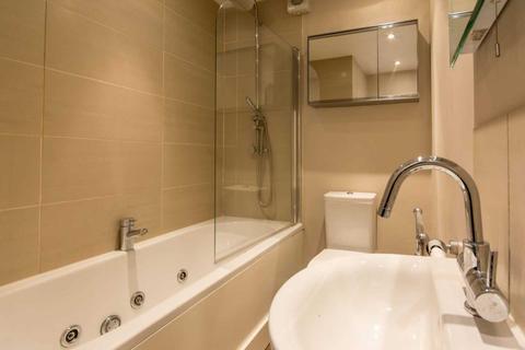 2 bedroom apartment to rent - The Grampians, Shepherds Bush Road, Hammersmith, London W6 7LZ