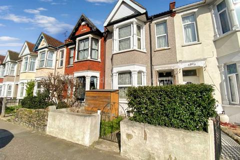 3 bedroom terraced house for sale - The Grove, Southend On Sea