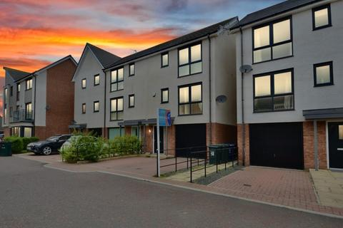 3 bedroom house to rent - 3 Bedroom House to Let on Elemore Close, Newcastle Great Park