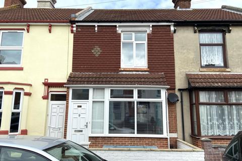 3 bedroom terraced house for sale - Kings Road, Gosport PO12
