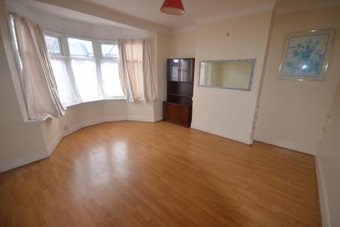 3 bedroom semi-detached house to rent - Redbridge Lane East, IG4 5BL