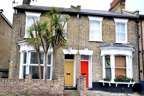 4 bedroom semi-detached house to rent - Camplin Street,  London , SE14