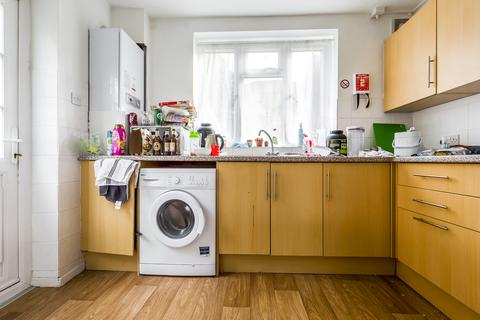 4 bedroom semi-detached house to rent - Lucraft Road , Brighton BN2