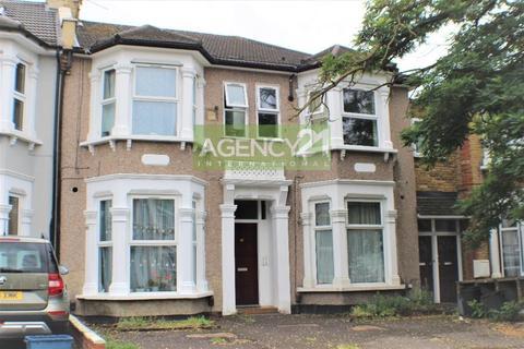 1 bedroom flat for sale - Empress Avenue, Ilford, IG1